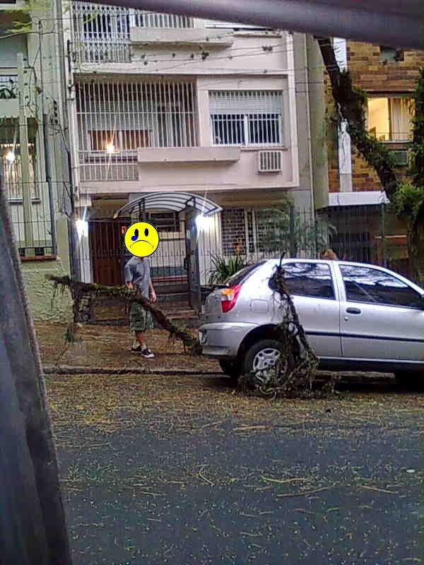 """""""Vou estacionar na frente de casa pra ficar de olho"""""""